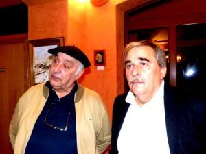 Antón Saavedra y Anibal Vazquez, alcalde de Mieres, en el Ateneu de Turón para asistir a la presentación del VILLAMOCHO, el 29 de octubre de 2015...