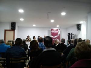 Publico asistente a la presentación del VILLAMOCHO en La Manzorga de Gijón, el 5 de febrero de 2016