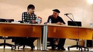 Juan Ponte y Antón Saavedra en la presentación del VILLAMOCHO en la Casa de la Cultura de Mieres, el 1 de abril de 2016...
